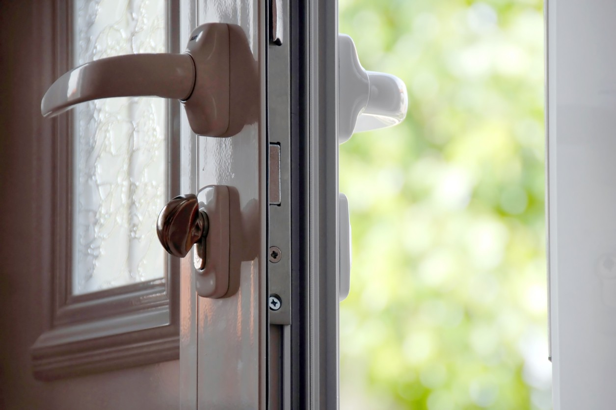Practical guide to choosing the ideal exterior door